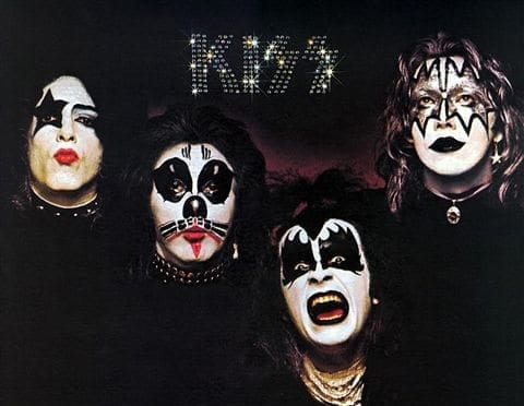 Kiss album cover