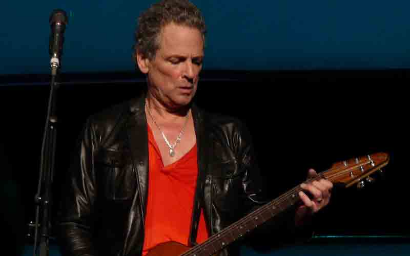 Lindsey Buckingham photo by Matt Becker