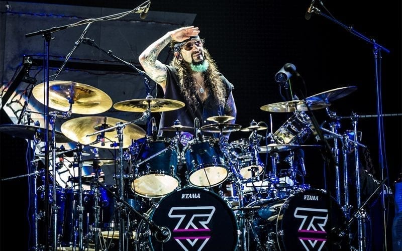 Mike Portnoy performs with Twisted Sister in 2016