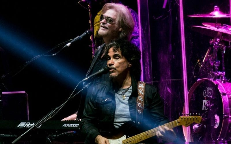 Daryl Hall & John Oates performing in 2017