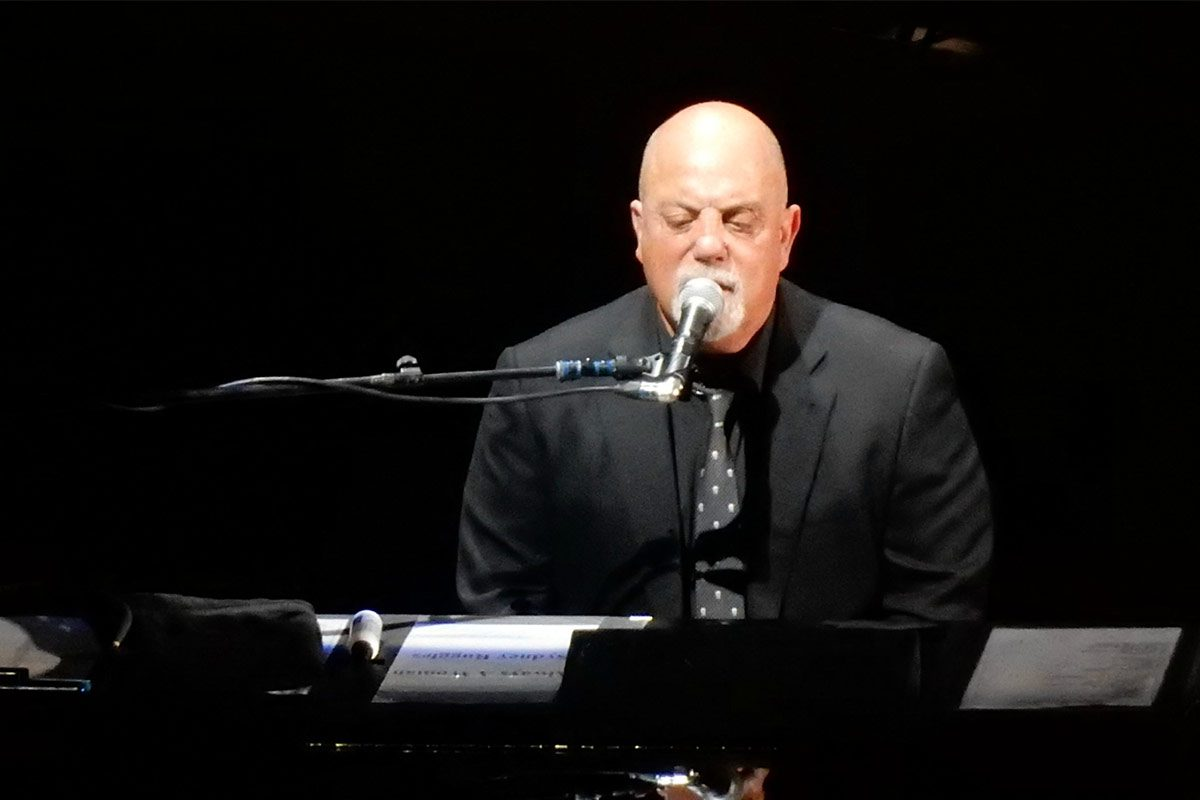 Billy Joel Pays Tribute to Charlie Watts with Rolling Stones Cover